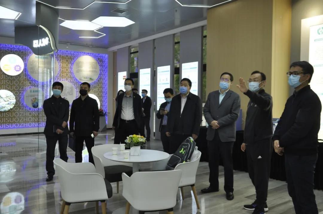 西安市科技局局长李志军一行到访沣东新城科统区